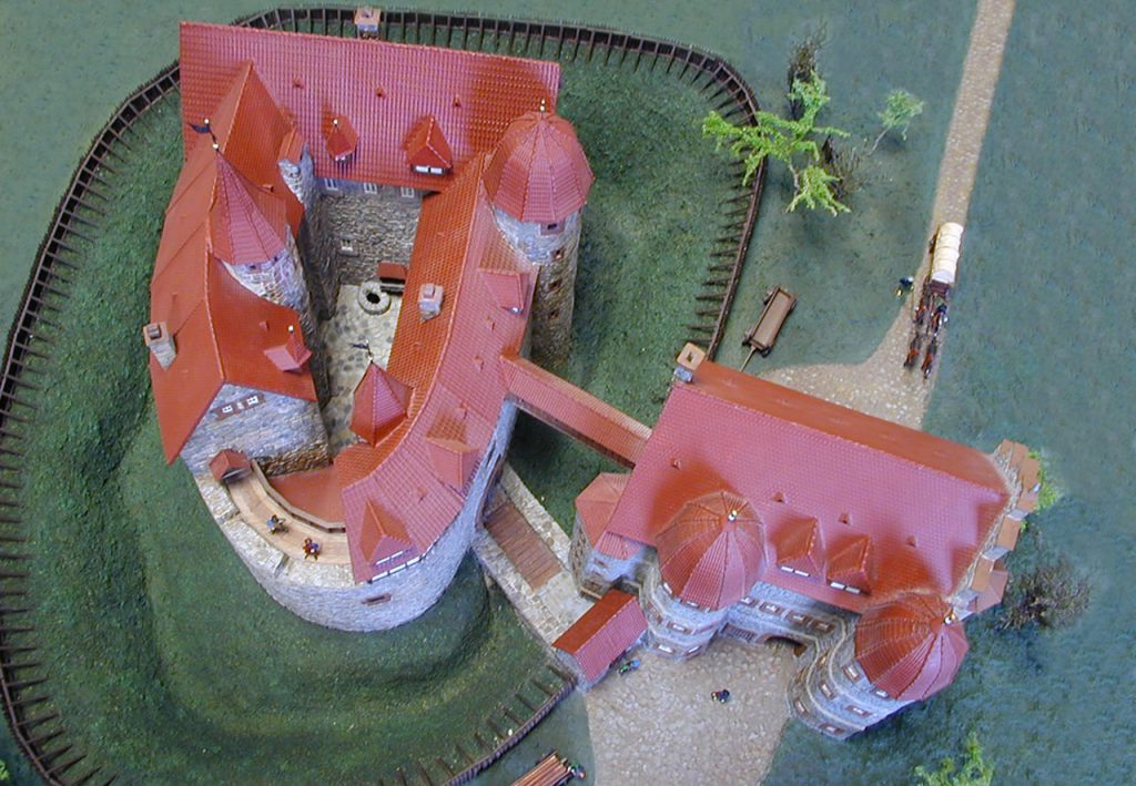 Modell Burgruine Eisenberg von oben