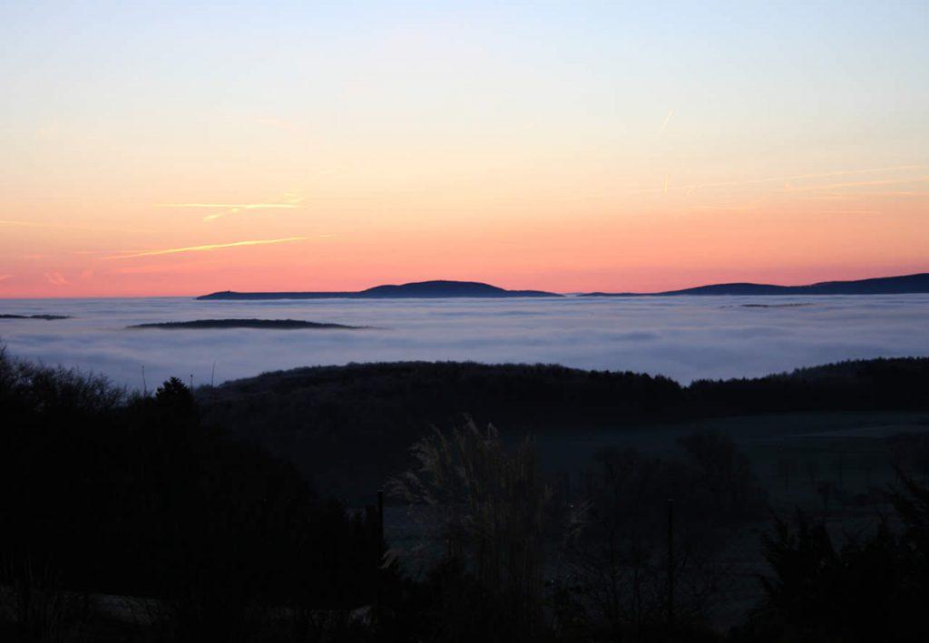 Blick Richtung Ederberge Sonnenaufgang