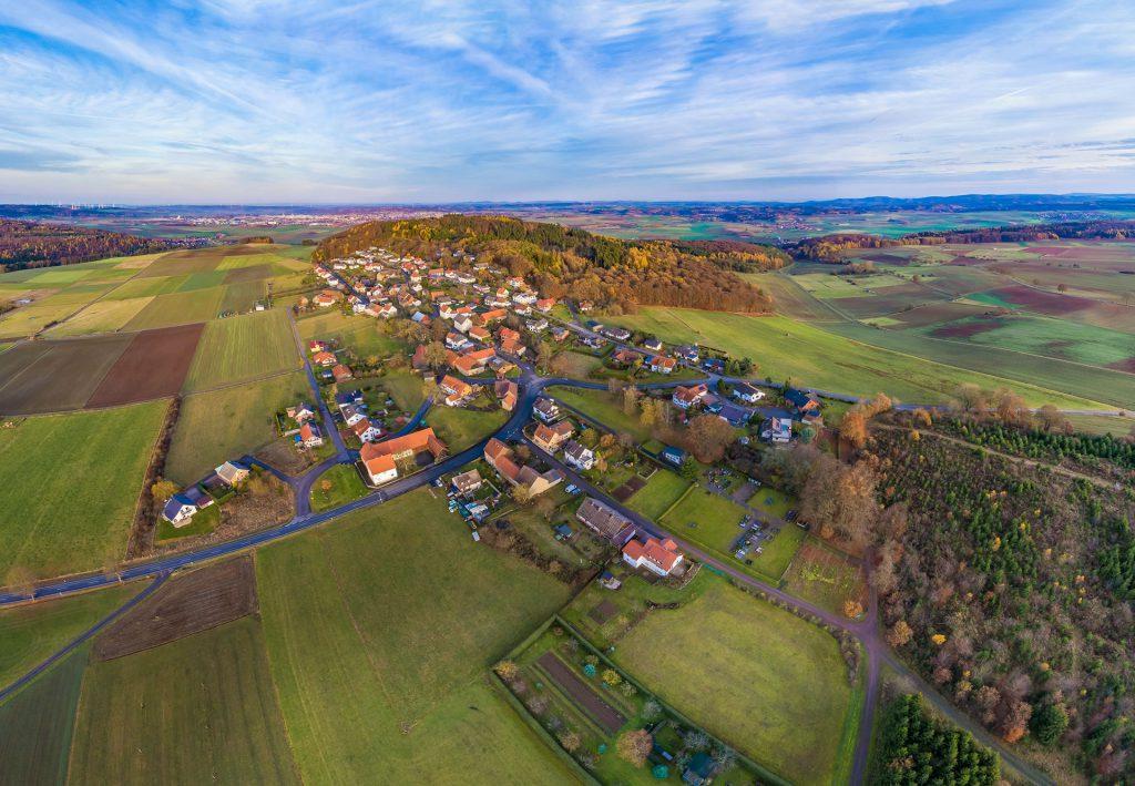 Luftbild aus Westen auf Goldhausen